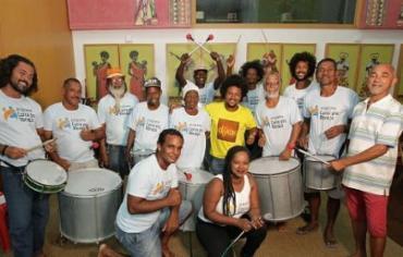 Beneficiários do projeto compuseram as canções do CD - Foto: Divulgação