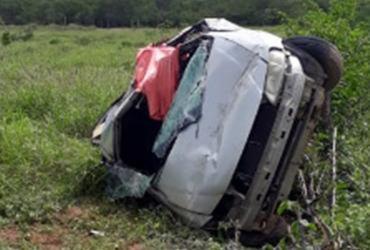 Uma pessoa morre e outra fica ferida após carro capotar na BR-030   Wilker Porto   Reprodução   site Agora Sudoeste