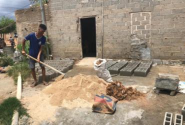 Estudantes desenvolvem bloco com fibra de coco para ajudar famílias carentes de Casa Nova