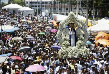 Fiéis e devotos comemoram o dia de Nossa Senhora da Conceição da Praia |