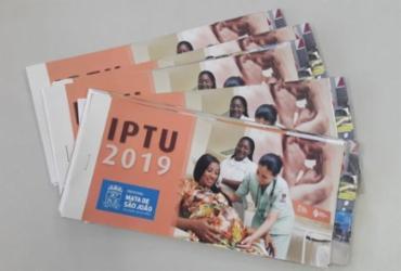 Prefeitura de Mata de São João inicia entrega de carnês do IPTU