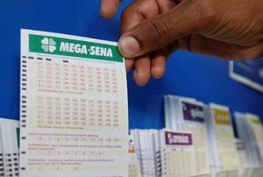 Mega-Sena acumula de novo e pode pagar R$ 38 milhões na quarta | Luciano Carcará | Ag. A TARDE