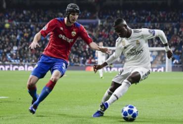 Com Vinicius Junior titular, Real Madrid leva 3 a 0 do CSKA em casa | Javier Soriano l AFP