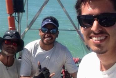 Manifestantes pedem justiça para velejadores brasileiros em posse de Bolsonaro   Reprodução   Facebook
