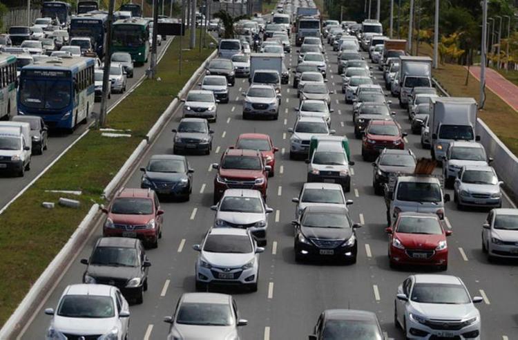 Acidentes provocaram congestionamentos em diferentes regiões de Salvador - Foto: Joá Souza | Ag. A TARDE