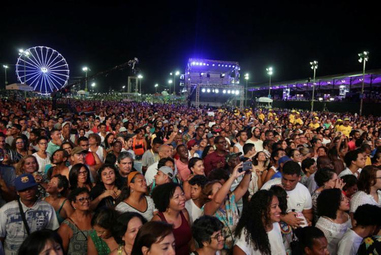 A expectativa é que o evento, que segue até a próxima terça-feira, 01, reúna mais 2 milhões de pessoas. - Foto: Uendel Galter | Ag. A Tarde