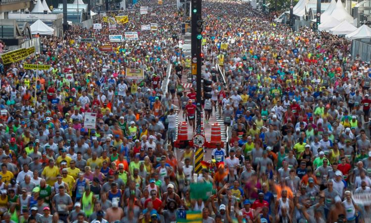 Os brasileiros novamente não conseguiram fazer frente aos estrangeiros - Foto: Michel Schincariol   AFP