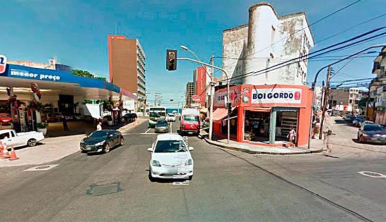 O caso ocorreu por volta das 14h, na rua Marquês de Caravelas - Foto: Reprodução | Google Maps