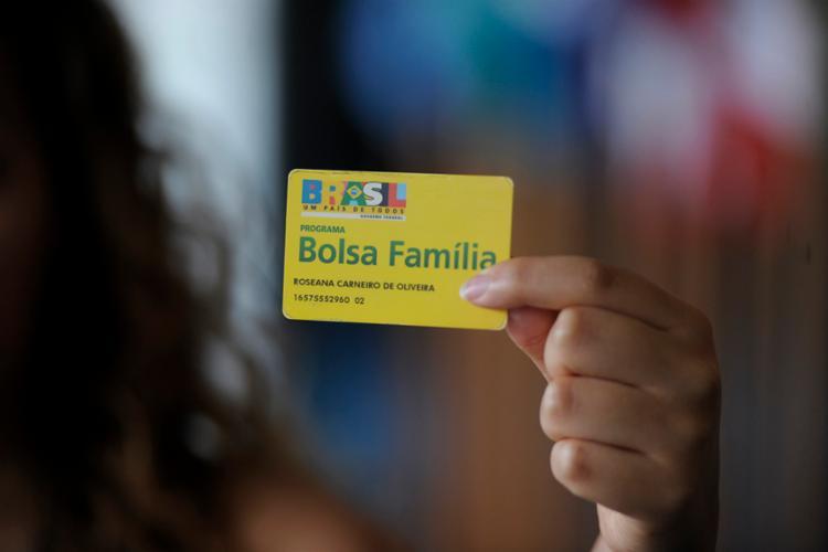 Atualmente, 178 mil famílias são atendidas pelo programa na capital baiana - Foto: Jefferson Rudy | Agência Senado