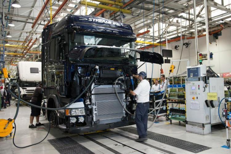 Em um ano a comercialização de caminhões cresceu 49% - Foto: Divulgação