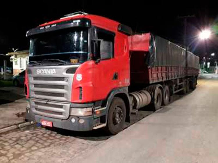 A carga foi localizada após um alerta de saída da rota de uma carreta carregada - Foto: Divulgação   SSP-BA
