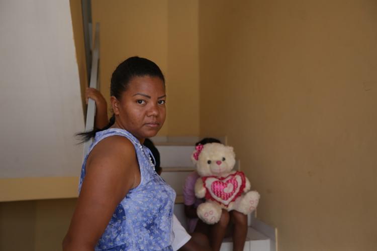 Aviletzi, o marido e os três filhos passaram mais de um mês nas ruas de Boa Vista. Foto: Joá Souza / Ag. A TARDE