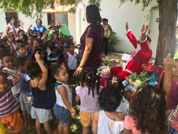 Foram doados mais de 400 presentes para crianças de diversas idades - Foto: Divulgação | SSP-BA