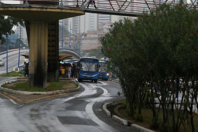 Caso não haja consenso entre as partes, a ação proposta pelas concessionárias visando a extinção da concessão - Foto: Joá Souza | Ag. A TARDE