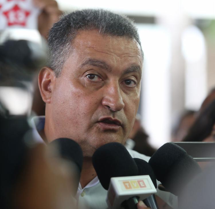 Rui Costa ante o problema pior, a revolta dos auditores - Foto: Joá Souza | Ag. A TARDE