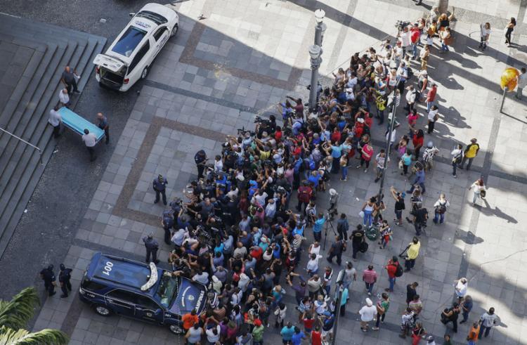 O incidente ocorreu por volta das 13h30 na Catedral Metropolitana, na rua 13 de Maio - Foto: Ari Ferreira l AFP