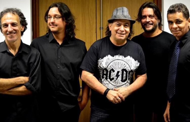 O grupo que é formado por Gabriel Gonçalves (vocal e violão), Oyama Bittencourt (guitarra e voz), Carlos Ruiz (guitarra e voz), Jerry Marlon (baixo) e Igor Galindo (bateria) - Foto: Divulgação