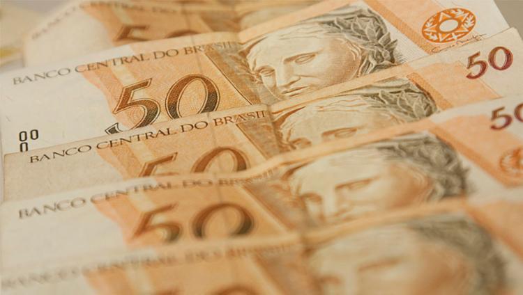 O pagamento do salário do funcionalista ocorrerá até o dia 20 - Foto: Marcos Santos | USP Imagem