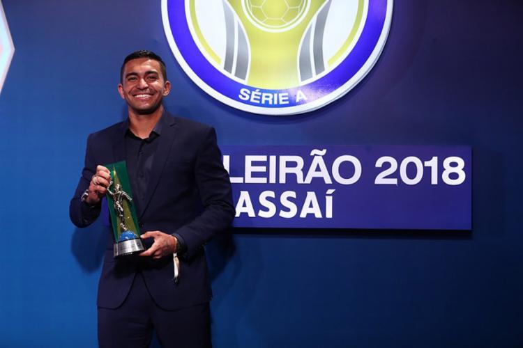 Camisa 7 do Palmeiras é um dos 11 integrantes da seleção e também foi eleito o grande jogador do torneio - Foto: Lucas Figueiredo l CBF