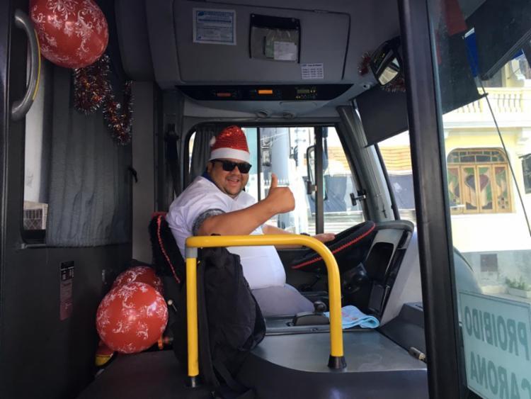 O motorista 'Piteco' também entrou no clima do Natal durante a celebração