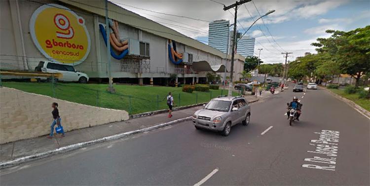 O crime aconteceu no supermercado G Barbosa localizado no bairro Costa Azul, em Salvador - Foto: Reprodução | Google Maps