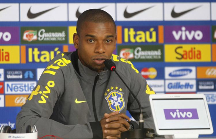 No que dependesse do treinador do Brasil, Fernandinho continuaria a ser chamado para defender a seleção - Foto: Rafael Ribeiro | CBF