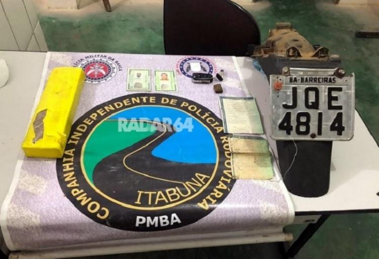 Material apreendido pela polícia com os suspeitos - Foto: Divulgação   RADAR 64
