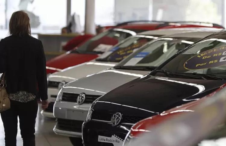 Com taxas de financiamento mais favoráveis, a atividade de veículos conseguiu avançar 20,1% nessa base de comparação - Foto: Reprodução | Jonathan Campos
