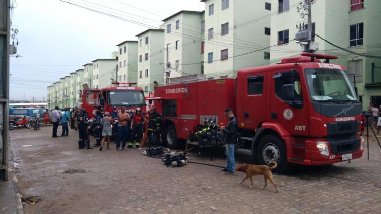 Bombeiros controlaram as chamas e atenderam os feridos no local - Foto: Divulgação | Corpo de Bombeiros