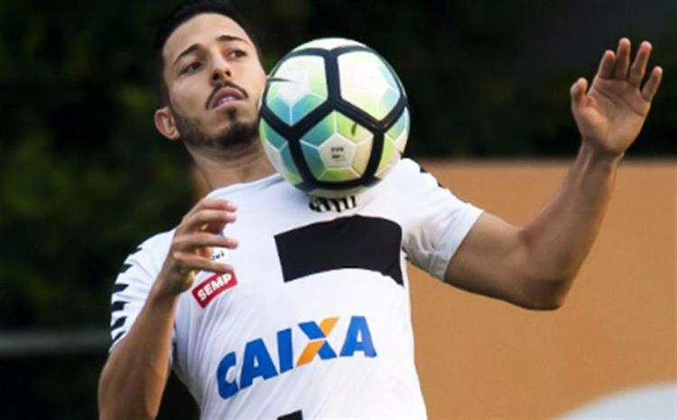 Jean Mota interessa ao Bahia, mas também é alvo do Fortaleza e do Atlético-MG visando 2019 - Foto: Ivan Storti l Santos FC