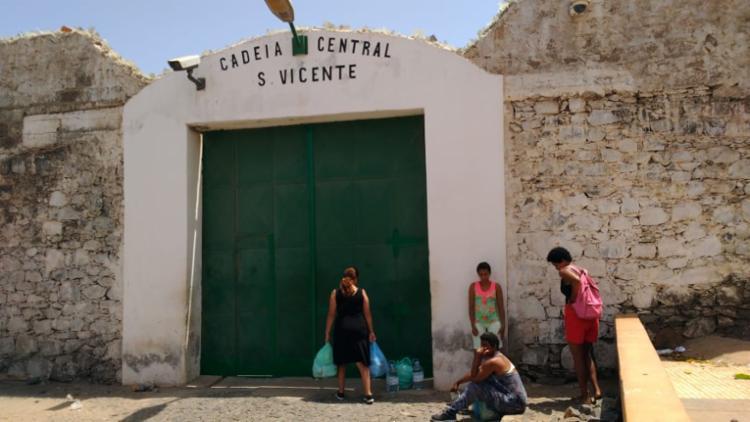 Velejadores estão presos na Cadeia Central de São Vicente, em Cabo Verde - Foto: Arquivo Pessoal