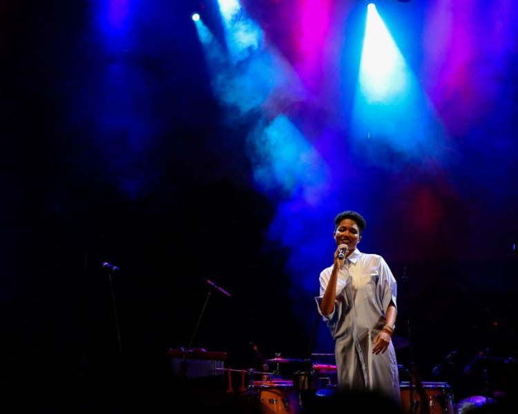 """""""A Bahia é minha casa"""", diz a cantora, que mora em São Paulo há três anos. Foto: Rafael Passos / Divulgação"""