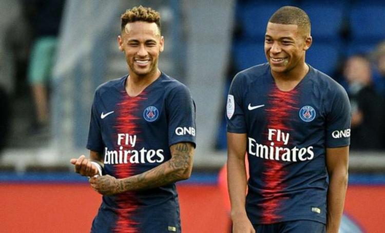O valor de mercado do atleta do PSG é de 200 milhões de euros R$ 891 milhões), superando seu companheiro de time, o brasileiro Neymar - Foto: AFP