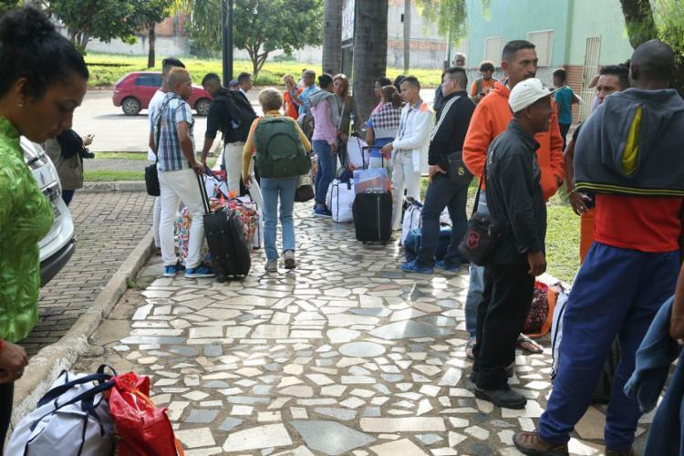 Migrantes venezuelanos vindos da cidade de Boa Vista, em Roraima - Foto: Valter Campanato   Agência Brasil