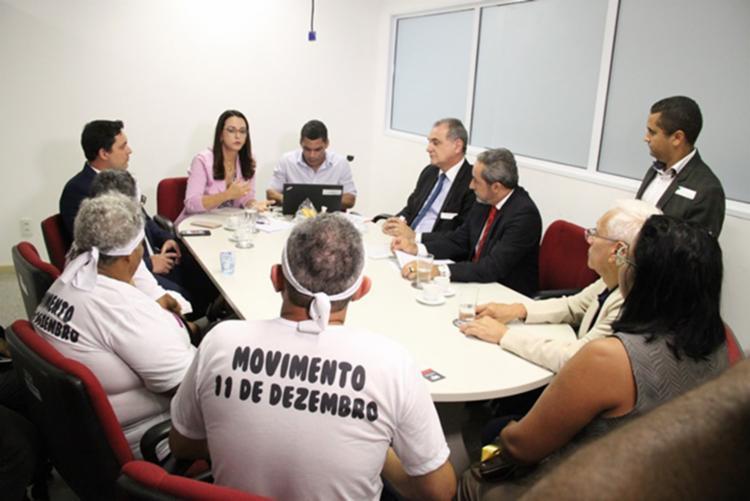 Parentes das vítimas foram recebidos por membros do poder público