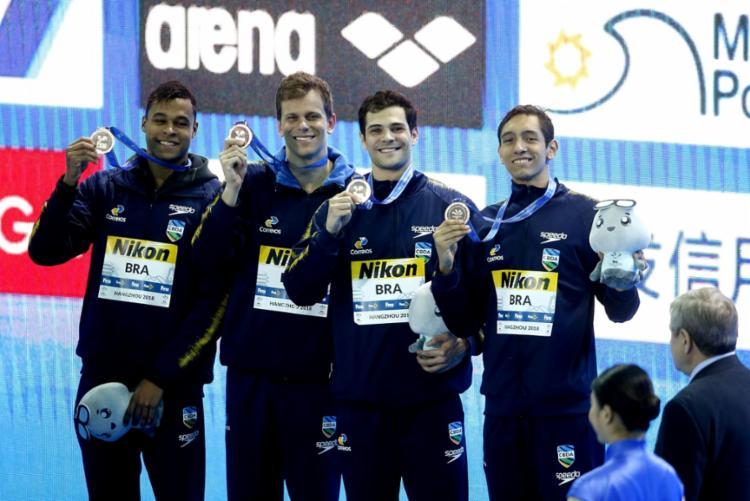Matheus Santana, César Cielo Filho, Marcelo Chierighini e Breno Correia - Foto: Satiro Sodré | SSPress | CBDA
