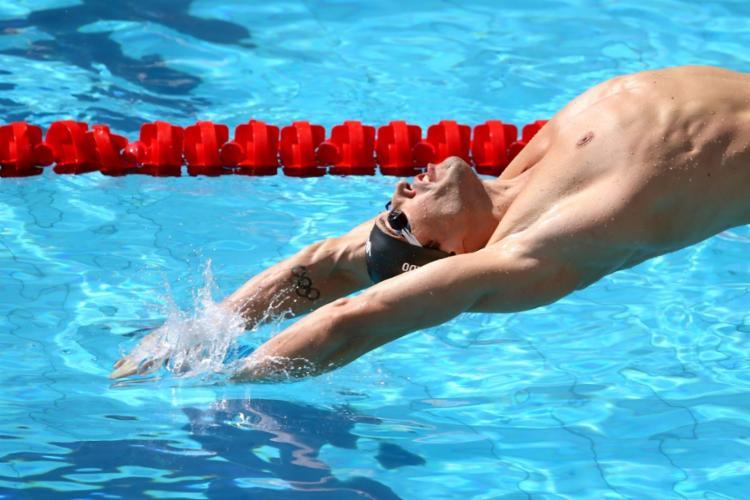O brasileiro Guilherme Guido ficou fora do pódio dos 100 metros costas - Foto: Satiro Sodré | SSPress | CBDA
