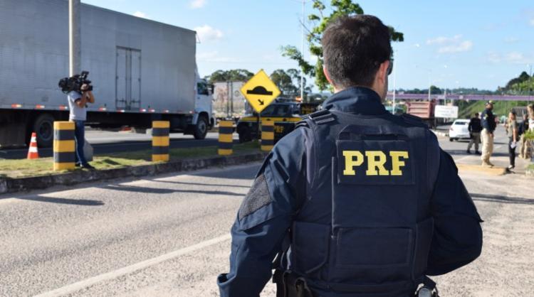 De acordo com a PRF, em cinco dias de operação, foram registrados 55 acidentes - redução de 21% comparado a 2017 - Foto: Divulgação   PRF-BA