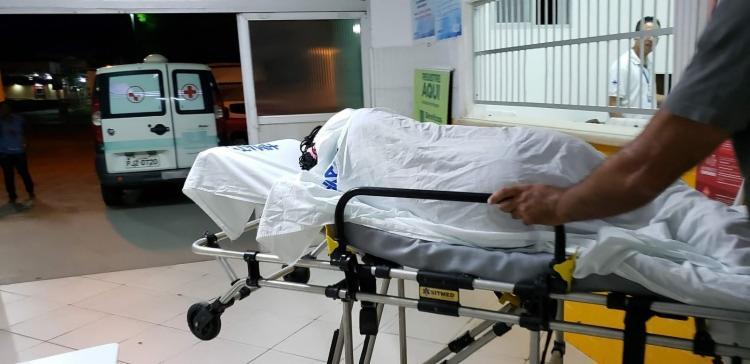 A jovem teve queimaduras de 1º e 2º grau e foi transferida de Jacobina para um Hospital em Salvador em busca de atendimento especializado - Foto: Divulgação