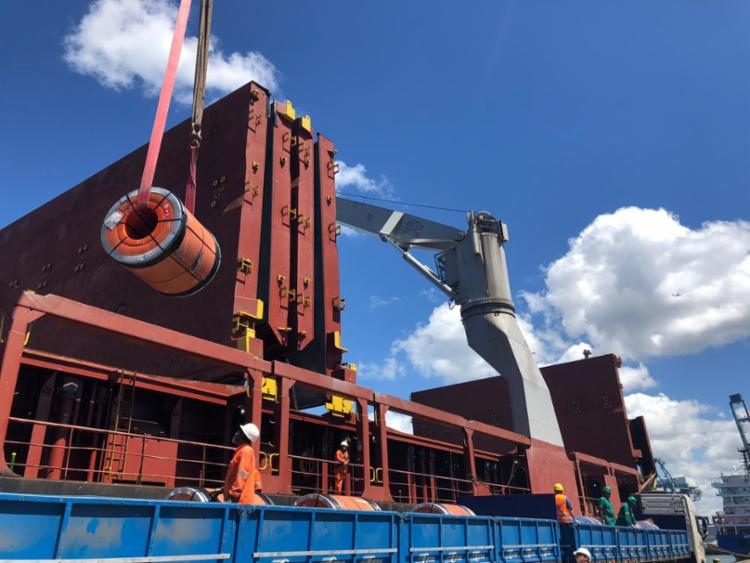 A embarcação é composta por 1.600 toletadas de aço