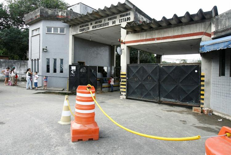 Cinco mulheres cadastradas como visitantes nos presídios de Salvador foram detidas - Foto: Joá Souza | Ag. A TARDE