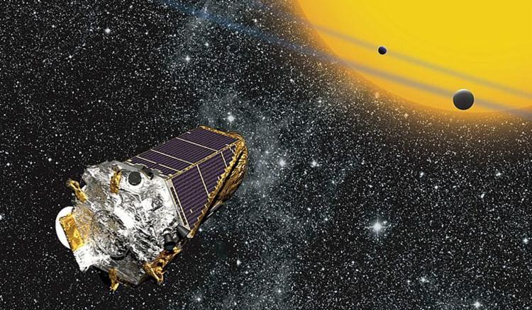 Antes de ficar sem combustível, o equipamento descobriu 20.662 planetas, 530.506 estrelas e 61 supernovas