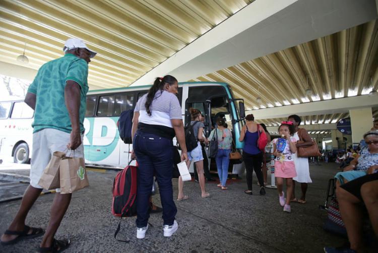A rodoviária vai disponibilizar 700 horários extras para o período festivo - Foto: Joá Souza   Ag. A TARDE   12.12.2018