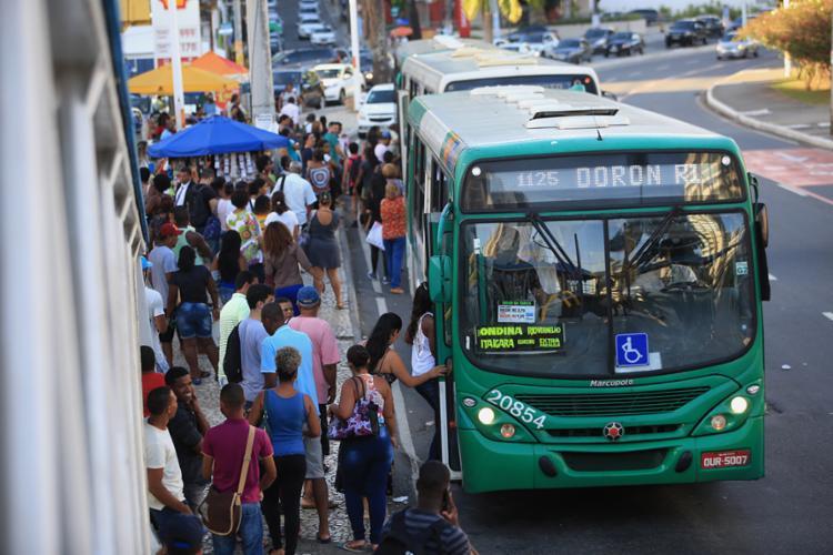 O motivo da suspensão temporária é a renovação da frota na capital baiana - Foto: Joá Souza | Ag. A TARDE