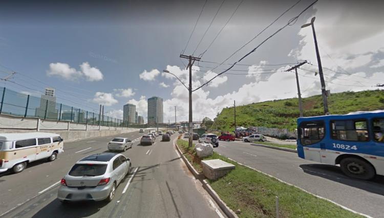 A colisão aconteceu entre a concessionária Grande Bahia e a Madeireira Brotas, sentido da rodoviária - Foto: Reprodução   Google Maps