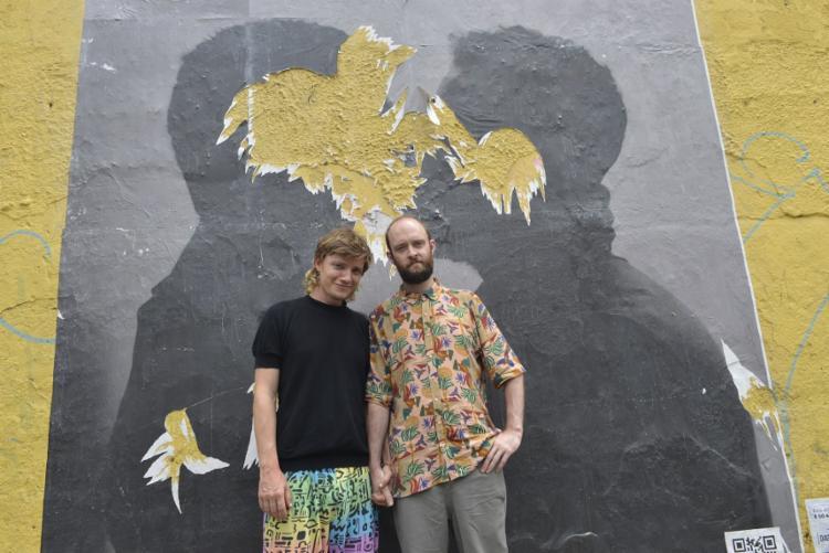 Os artistas multimídia Hans Diernberger e Will Saunders registraram um jogo de baleado com times formados por pessoas trans