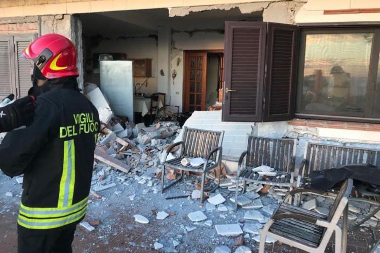 Terremoto causou estragos em diferentes áreas da Sicília, na Itália - Foto: Divulgação   Corpo de Bombeiros de Catania