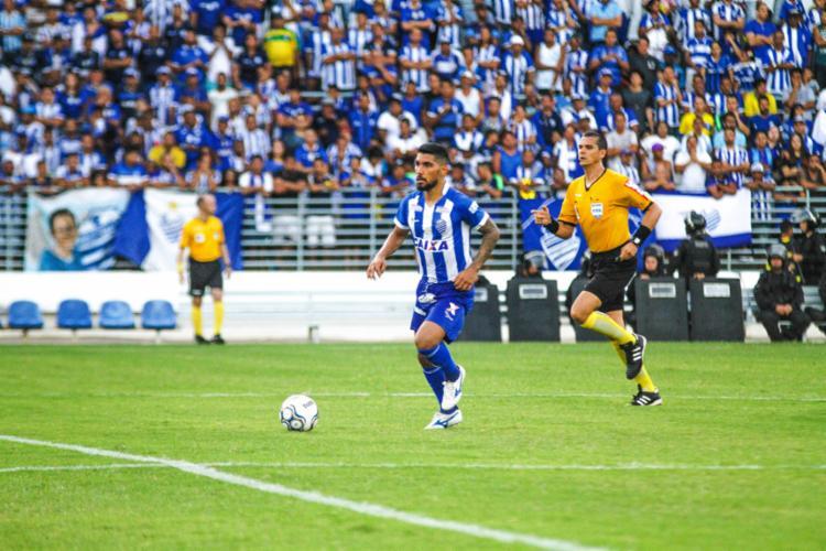 Volante fez 42 jogos pelo CSA e foi um dos destaques do time na campanha do acesso à Série A - Foto: Morgana Oliveira l CSA
