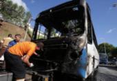 Duas crianças ficam feridas após ônibus pegar fogo em Salvador | Foto: Reprodução | Raul Spinassé | Ag. A TARDE