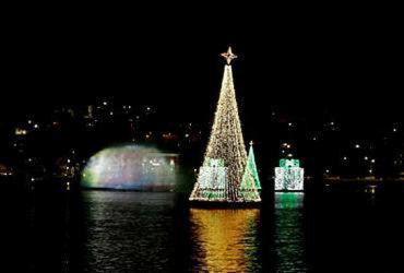 População aprova ação da Prefeitura com luzes de Natal | Gilberto Junior | Ag. A TARDE